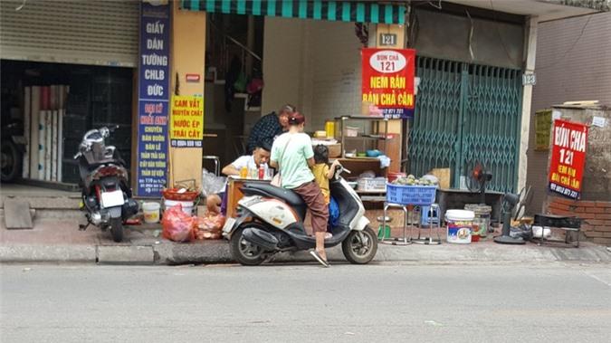 """kinh doanh giai khat o via he ha noi """"hot bac"""" mua nang nong hinh 3"""