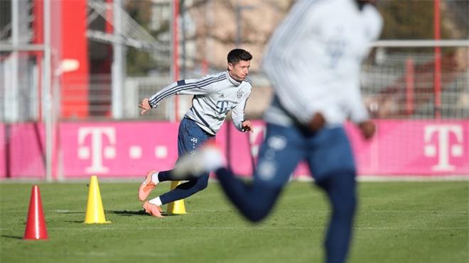Lewandowski đã ở cùng đẳng cấp với Ronaldo? ảnh 02