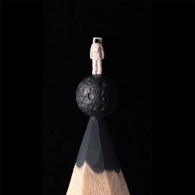Ngỡ ngàng với loạt tác phẩm điêu khắc bé tí ti trên đầu bút chì - Ảnh 21.