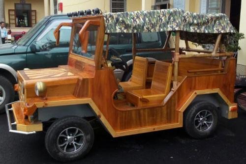 """Độc đáo chiếc Jeep gỗ chạy động cơ xe máy Honda của """"dân chơi"""" Thái Nguyên"""