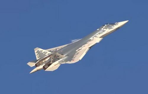 Trung Quốc cho rằng Su-57 thua xa J-10. Ảnh: Sohu.