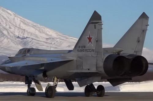 """Trung Quốc """"giật mình"""" khi Nga triển khai tên lửa siêu thanh tại Siberia"""