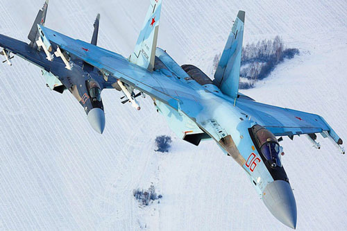 Trang Avia-pro mới đây cho biết, Ai Cập đã ký hợp đồng với Nga để mua lô tiêm kích đa năng Su-35 lớn nhất từng được xuất khẩu, với số lượng lên đến 26 chiếc, giá trị ước tính 3 tỷ USD.
