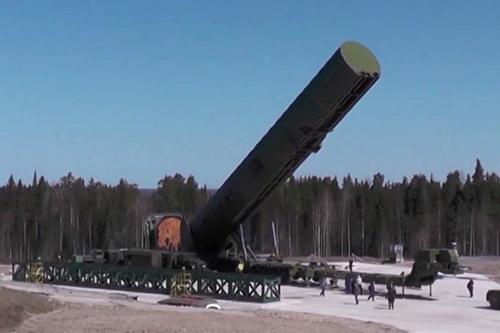 Báo chí Nga nghi ngờ thời hạn hoàn thành tên lửa Sarmat