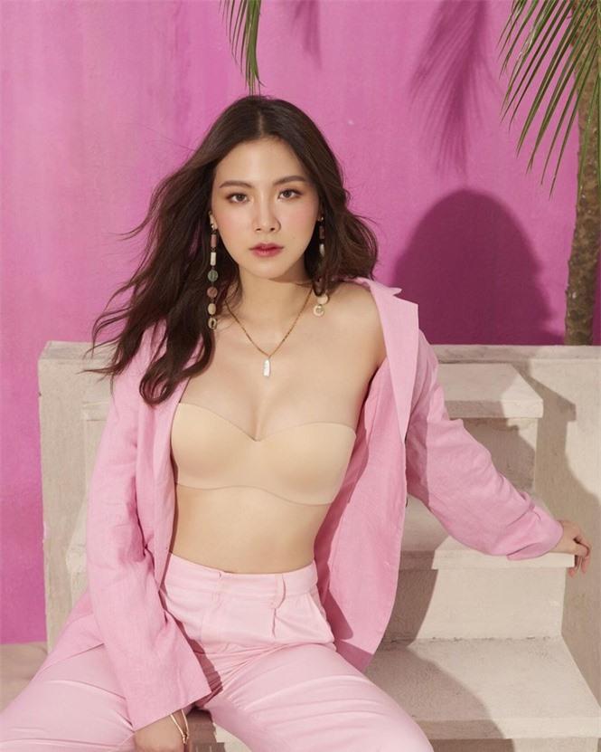 Mỹ nhân Thái phim 'Chiếc lá bay' sắc vóc gợi cảm không tì vết - ảnh 11