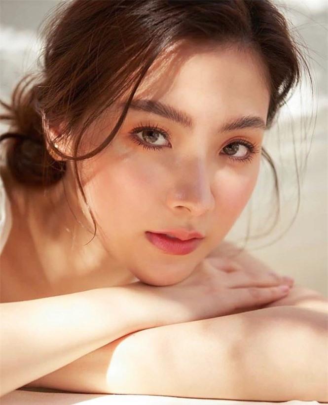 Mỹ nhân Thái phim 'Chiếc lá bay' sắc vóc gợi cảm không tì vết - ảnh 4