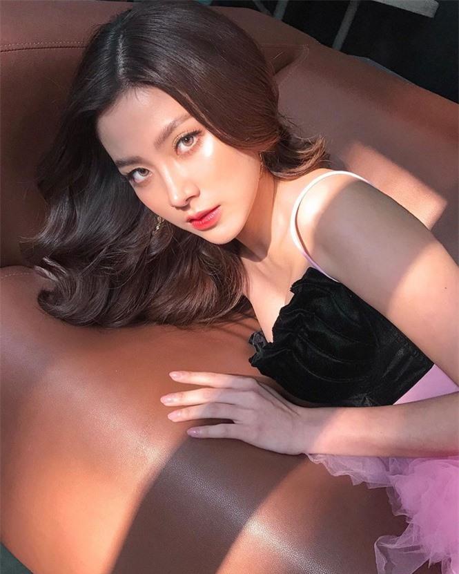 Mỹ nhân Thái phim 'Chiếc lá bay' sắc vóc gợi cảm không tì vết - ảnh 7