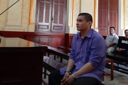 """TP.HCM: Sát hại cha mẹ, """"nghịch tử"""" lãnh án tử hình"""