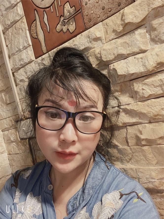 'Nhan sắc không tuổi' của NSND Lan Hương ở tuổi U60 gây tranh cãi  - ảnh 3