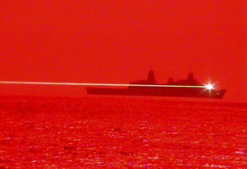 Hải quân Hoa Kỳ dùng laser bắn hạ UAV trong thử nghiệm