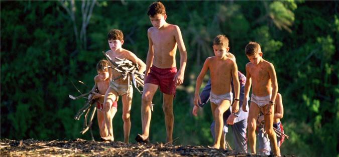 Gặp bão biển, 6 cậu bé mắc kẹt trên đảo hoang suốt 15 tháng và cuộc giải cứu ly kỳ như phim ảnh 04