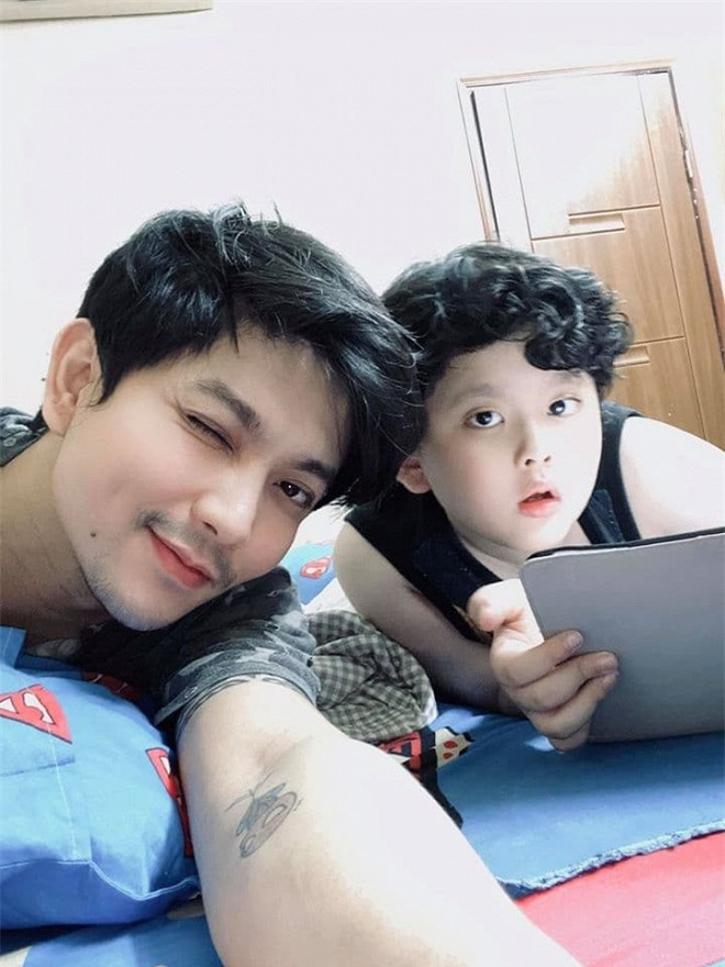 Tim và Trương Quỳnh Anh 0