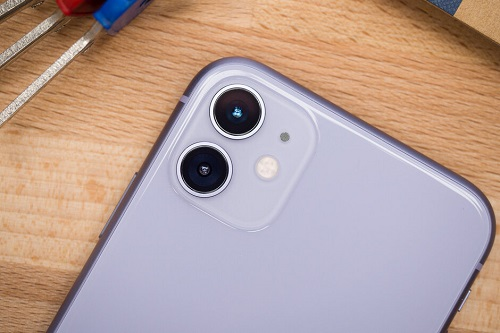 iPhone 11 thay thế iPhone XR là điện thoại thông minh được yêu thích nhất trên thế giới