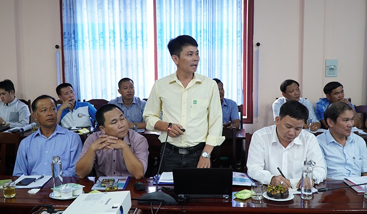 Đại diện Công ty CP Phong Điền phát biểu tại buổi làm việc.
