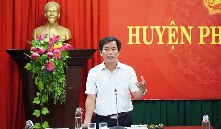 Phó Chủ tịch UBND tỉnh Thừa Thiên Huế Nguyễn Văn Phương phát biểu chỉ đạo tại buổi làm việc.