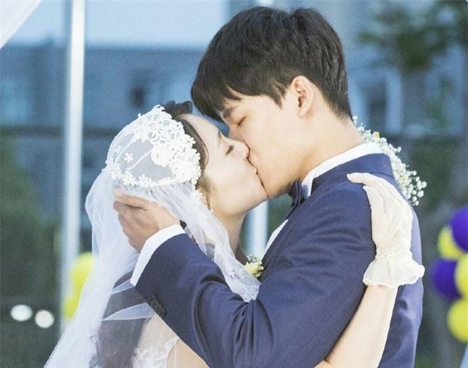Những bộ phim khiến người trẻ U30 muốn kết hôn ảnh 02