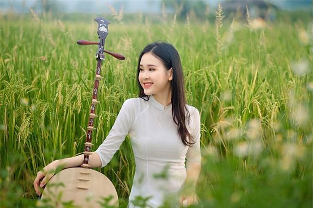Á khôi Sinh viên Việt Nam khoe nét xuân thì bên cánh đồng lúa - 8