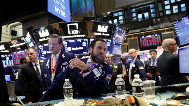 Kinh tế Mỹ suy giảm kỷ lục từ đại khủng hoảng năm 2008 - Ảnh 2.