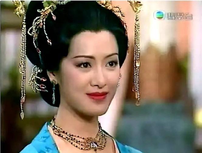 Nàng Dương  Quí Phi quyến rũ nhất màn ảnh - ảnh 3