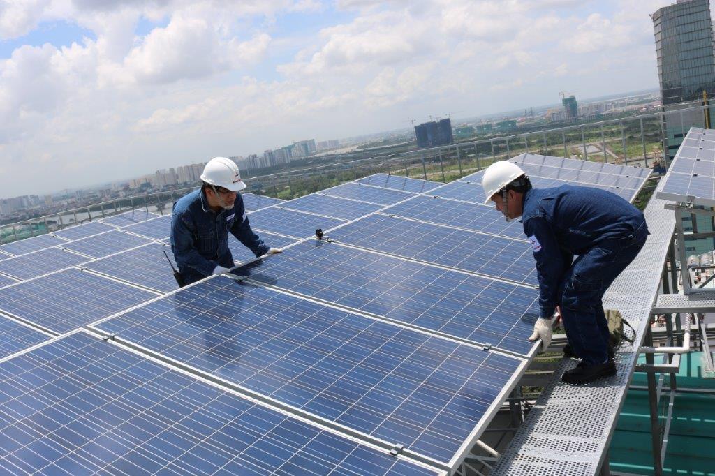 Tiềm năng điện mặt trời trên mái nhà tại TP.HCM còn rất lớn.