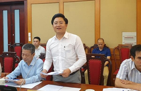 Ông Nguyễn Kim Hùng – Phó Viện trưởng Viện khoa học quản trị doanh nghiệp nhỏ và vừa phát biểu tại Hội nghị