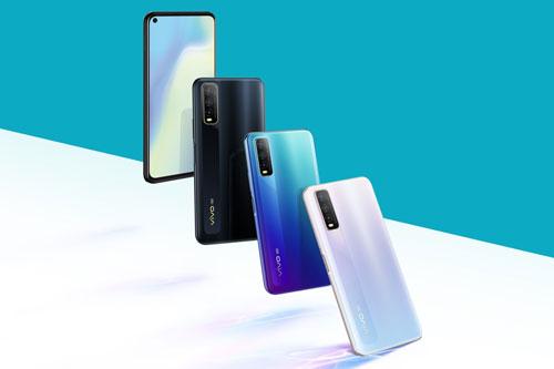 Vivo Y70s được mở bán ở Trung Quốc từ ngày 1/6 với 3 màu đen, xanh và trắng. Bản RAM 6 GB có giá 1.998 Nhân dân tệ (tương đương 6,51 triệu đồng). Phiên bản RAM 8 GB có giá 2.198 Nhân dân tệ (7,17 triệu đồng).