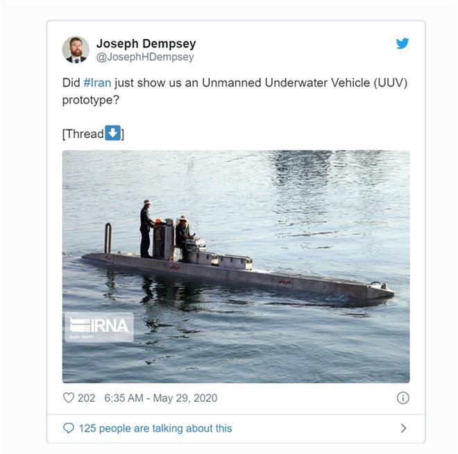 Giữa 100 tàu mới của Iran bỗng nổi bật 1 tàu ngầm bí ẩn: Năng lực đáng gờm sắp xuất hiện? - Ảnh 2.