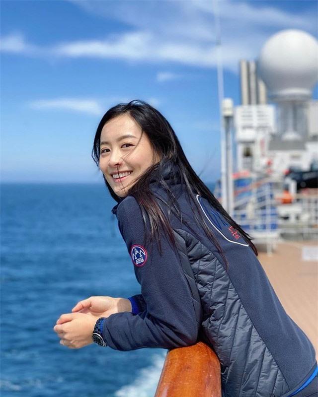 Nhan sắc gợi cảm của Hoa hậu TVB đầu tiên đóng bom tấn Marvel - Ảnh 17.