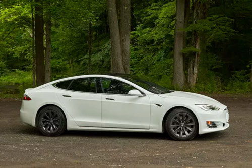 Tesla Model S Performance 2019.