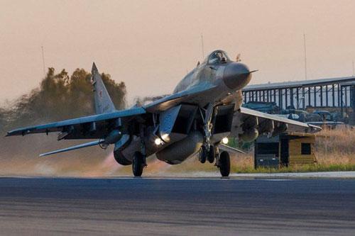 Thổ Nhĩ Kỳ bất ngờ tập kích căn cứ Al-Jufra ngay khi tiêm kích Nga vừa có mặt