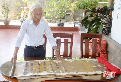 Các sắc phong triều đình ban cho Lang Trung Bộ Công Nguyễn Sỹ Quý và con cháu dòng họ Nguyễn Sỹ đang được ông Nguyễn Sỹ Tiện gìn giữ, bảo quản.