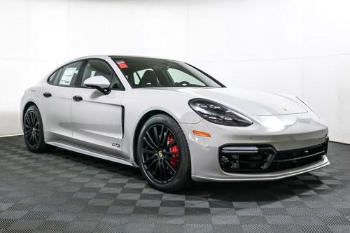 10. Porsche Panamera 2020.