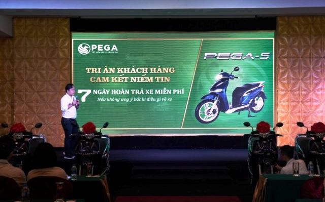 """Xe máy """" Made in Việt Nam"""" chính thức đến tay khách hàng"""