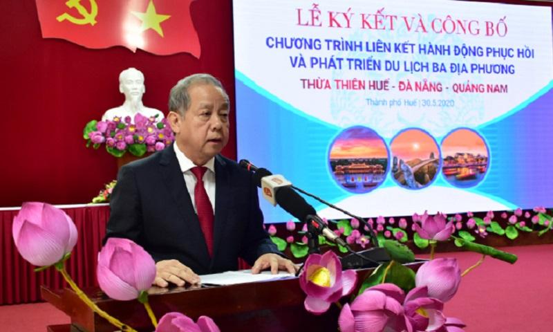 Chủ tịch UBND tỉnh Thừa Thiên Huế Phan Ngọc Thọ phát biểu.