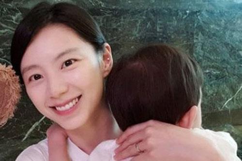 8. Park Soo Jin.