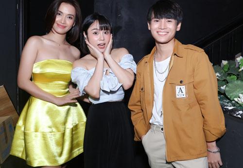 Thái Trinh: 'Cảm ơn người đã bỏ rơi tôi'