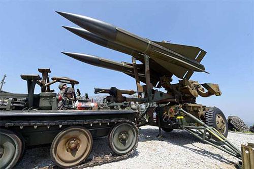 """Thổ Nhĩ Kỳ triển khai tên lửa phòng không """"khóa chặt"""" căn cứ Hmeimim Nga"""