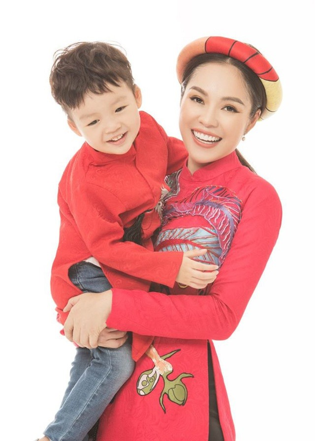 NSND Công Lý, Dương Cẩm Lynh cùng loạt sao bên con, chúc mừng ngày 1/6 - 4