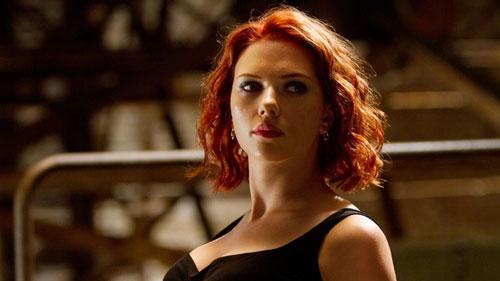 Bén duyên điện ảnh từ sớm, đến khi thủ vai điệp viên lạnh lùng chiến đấu cùng các siêu anh hùng Marvel, Scarlett Johansson nổi tiếng khắp thế giới. Bên cạnh vai Black Widow, nữ diễn viên cũng thành công với nhiều bom tấn hành động khác như Lucy (2014), Ghost in the Shell (2017). Sắp tới, Johansson sẽ trở lại màn ảnh trong phim riêng về Black Widow, mở đầu giai đoạn 4 của Vũ trụ Marvel.