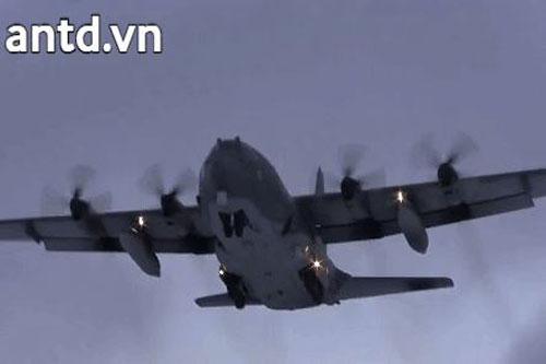Máy cường kích khổng lồ của Mỹ AC-130