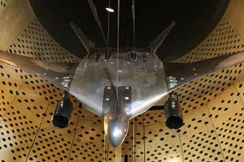 """NATO """"giật mình"""" khi Nga chính thức chế tạo oanh tạc cơ tàng hình """"mạnh nhất thế giới"""""""