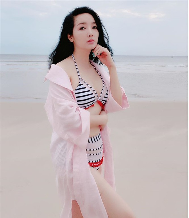 Hoa hậu Giáng My khoe vòng 1 gợi cảm với bikini  - ảnh 3