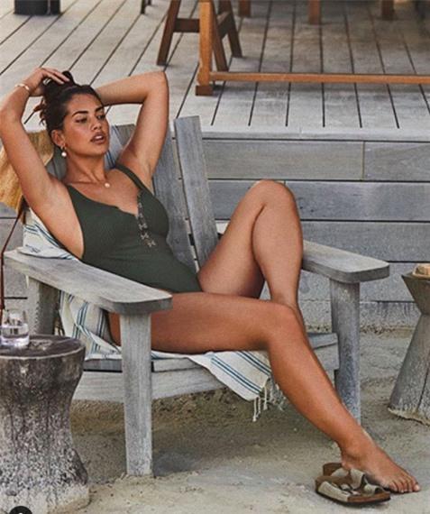 Vẻ đàn bà quyến rũ của mẫu ngoại cỡ Lorena Duran khiến cánh mày râu 'chao đảo' - ảnh 6