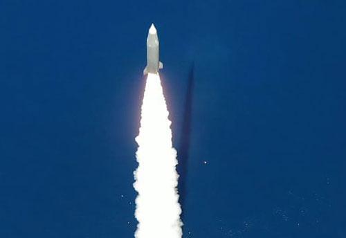 Ngày 2/6, Israel phóng thử thành công 2 tên lửa đạn đạo tầm ngắn. (Nguồn: Israel Aerospace Industries)
