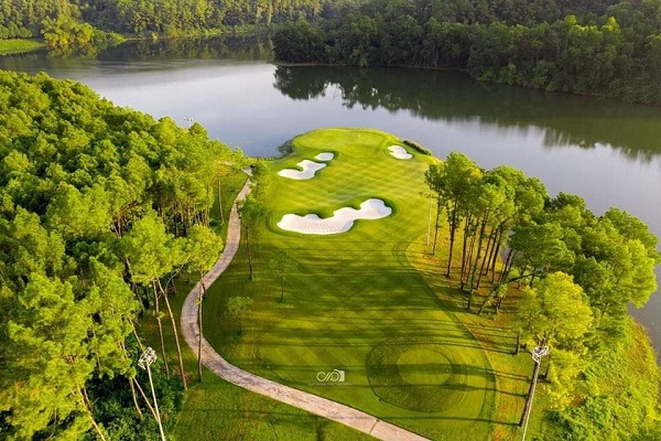 Giải thưởng Vietnam Golf Awards 2019 sẽ được trao cho 20 cá nhân và tổ chức vào 20h tối ngày 4/6/2020.