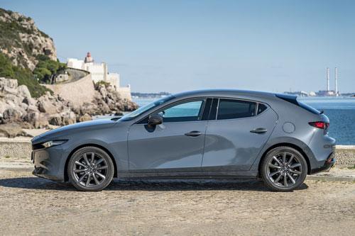 Top 10 ôtô được xếp hạng an toàn 5 sao: Gọi tên Mazda3, Toyota Camry