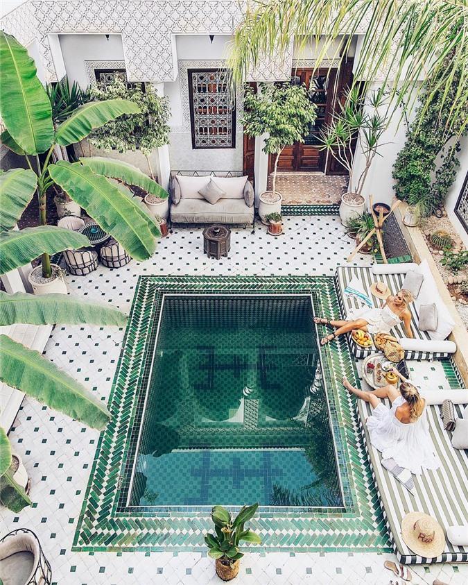 7 bể bơi nhân tạo đẹp, hút khách ảnh 01