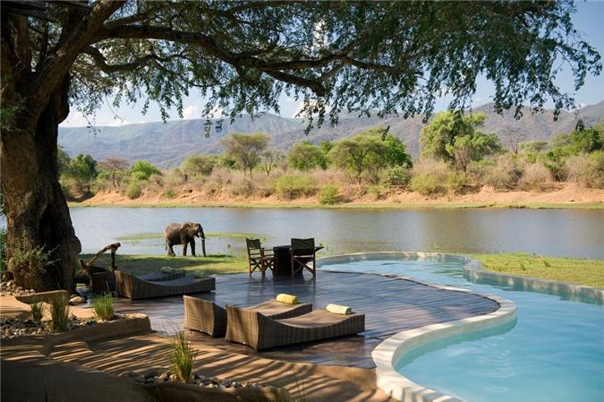 7 bể bơi nhân tạo đẹp, hút khách ảnh 10