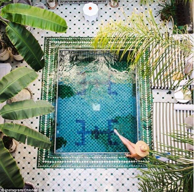 7 bể bơi nhân tạo đẹp, hút khách ảnh 04