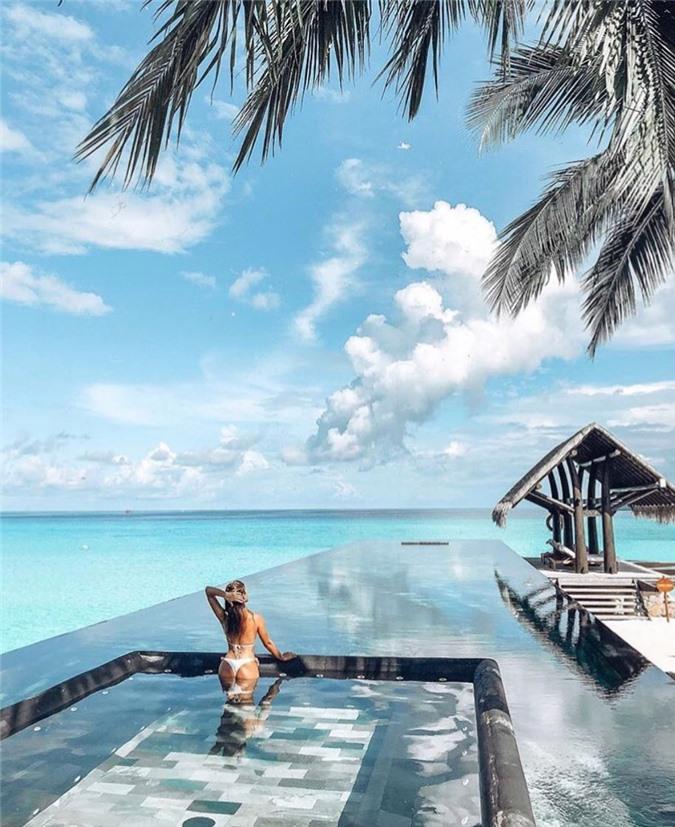 7 bể bơi nhân tạo đẹp, hút khách ảnh 06